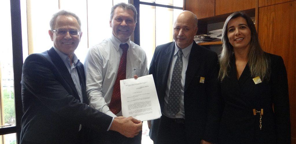Afonso-Hamm-Deputado-Federal-RS-1-Sr-Olir